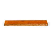 Кожа на деревянном бланке Профиль