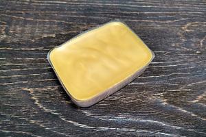 Воск карнаубский Т1, натуральный, брикет 100 гр.